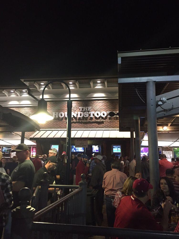 The houndstooth sports bar sports bars 1300 university for Food bar tuscaloosa