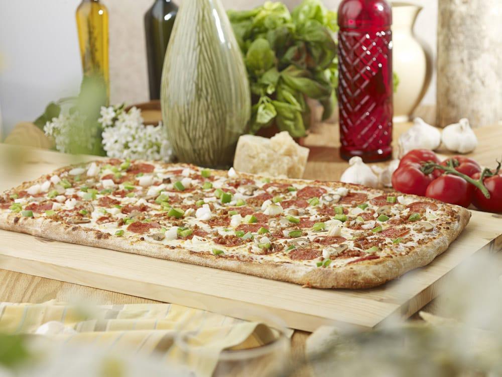 intercou foxs pizza den - 1000×750