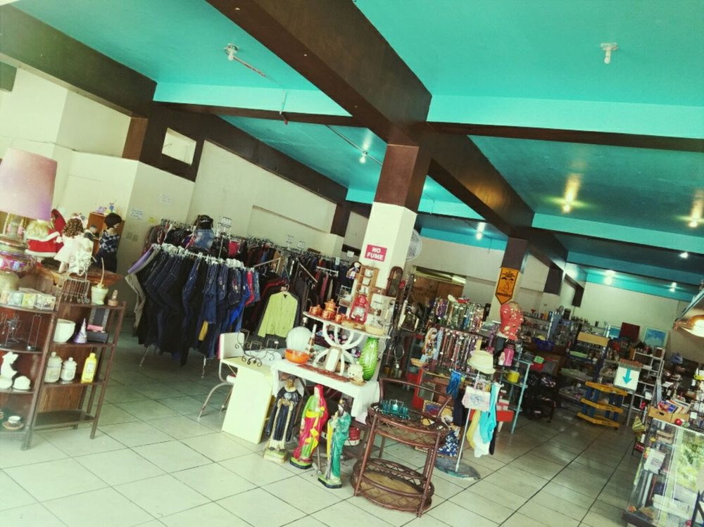 Te Toca a Ti: Calle Carbonell 29, Cabo Rojo, PR