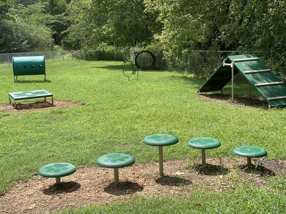 Mitzi Sweet Dog Park: 830 Gaither Ave, Lawrenceburg, TN