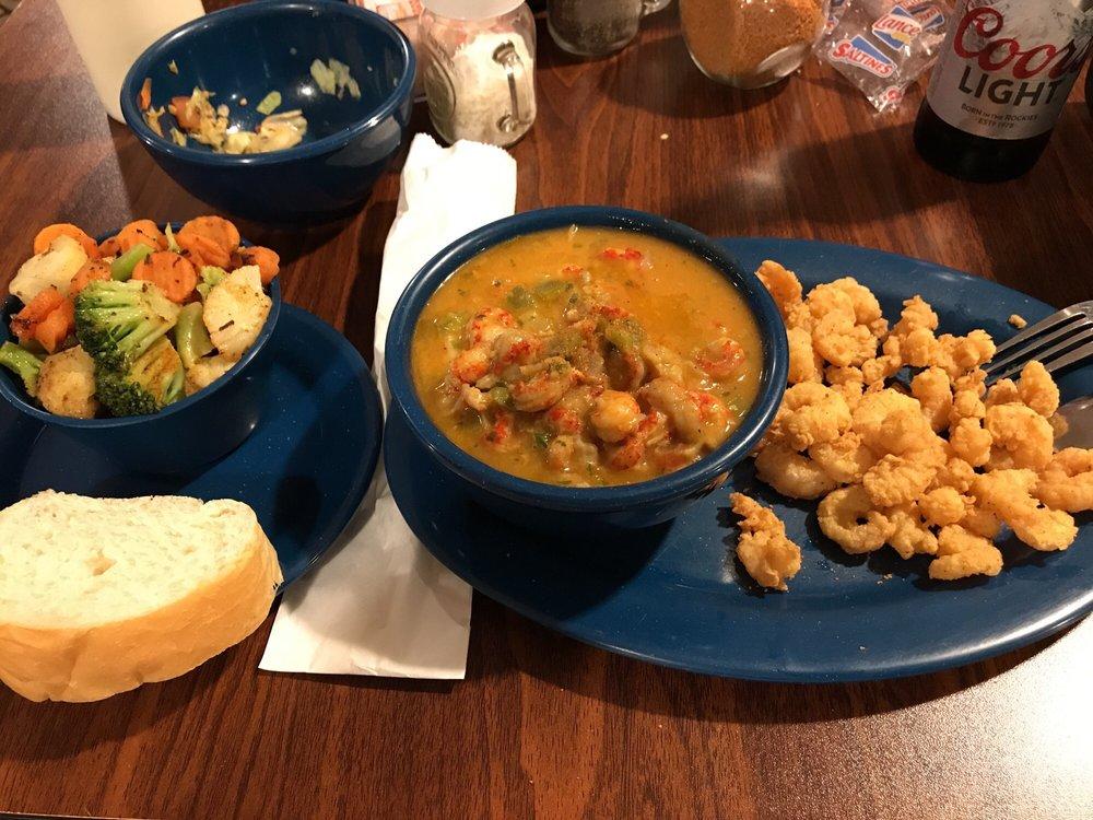 Me-Maws Cajun Cuisine: 2606 N Alex Plaisance Blvd, Golden Meadow, LA