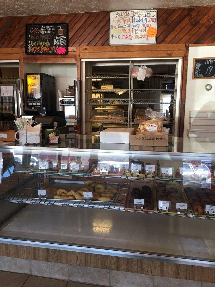Wahoo Bakery: 544 N Linden St, Wahoo, NE