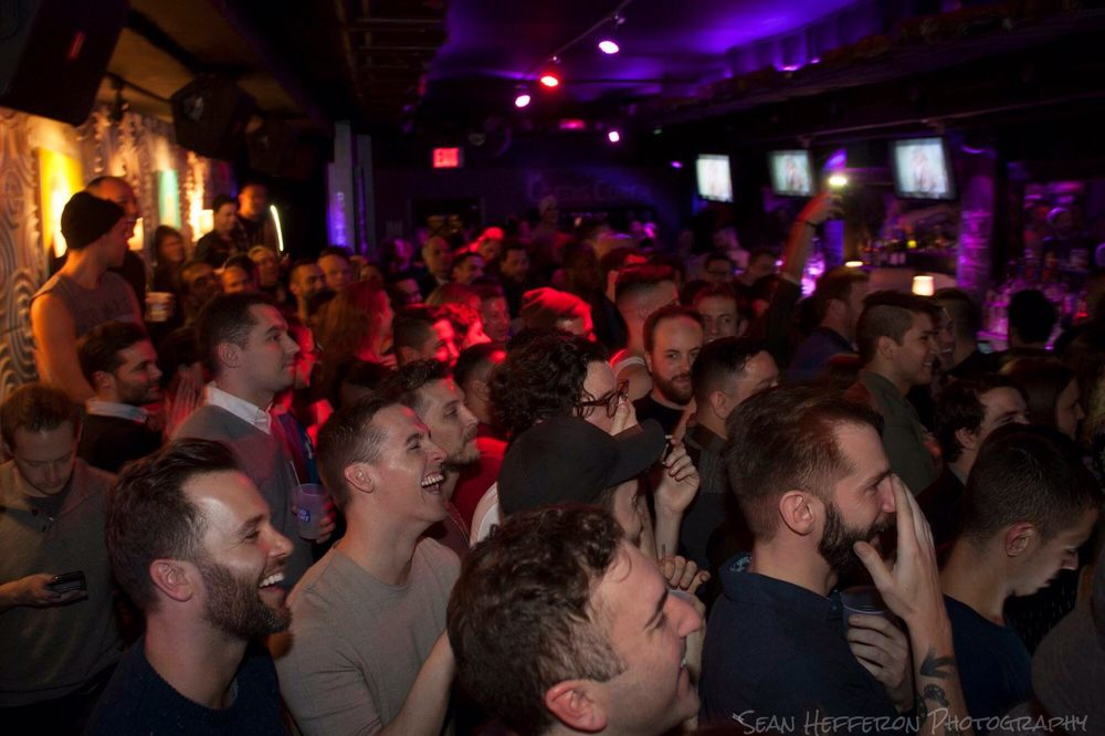 Icon Bar: 31-84 33rd St, Queens, NY