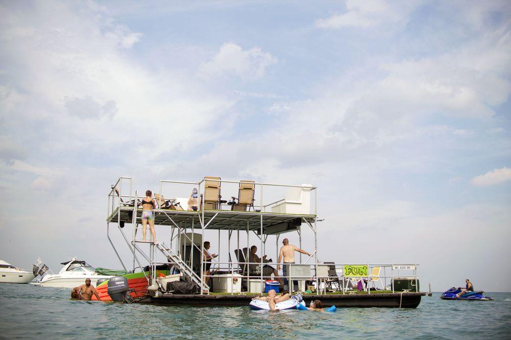 Offshore312: 1559 S Lake Shore Dr, Chicago, IL
