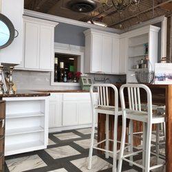 Hoods Discount Home Center - 13 Photos & 13 Reviews - Flooring ...