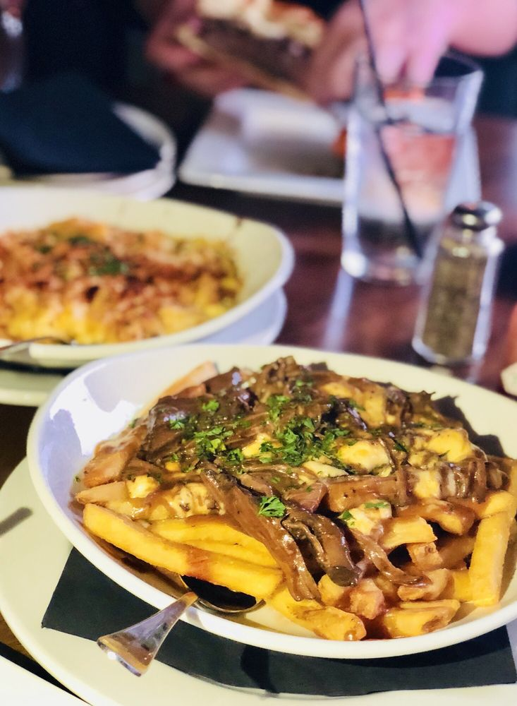 Social Spots from Federal Taphouse & Kitchen