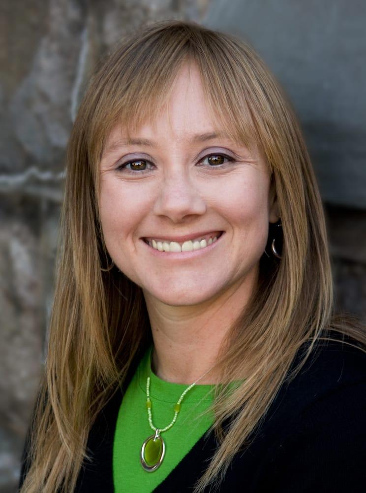Tonya Keach: 209 S Prospect Rd, Bloomington, IL
