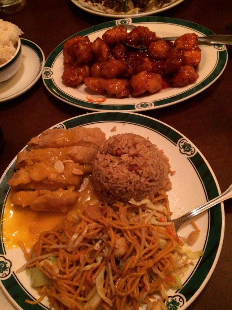 Lucky Dragon Restaurant: 25 95th Dr NE, Lake Stevens, WA