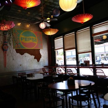 Messenger Pizza 105 Photos 182 Reviews 1224 1st St S Nampa Id Restaurant Phone Number Yelp