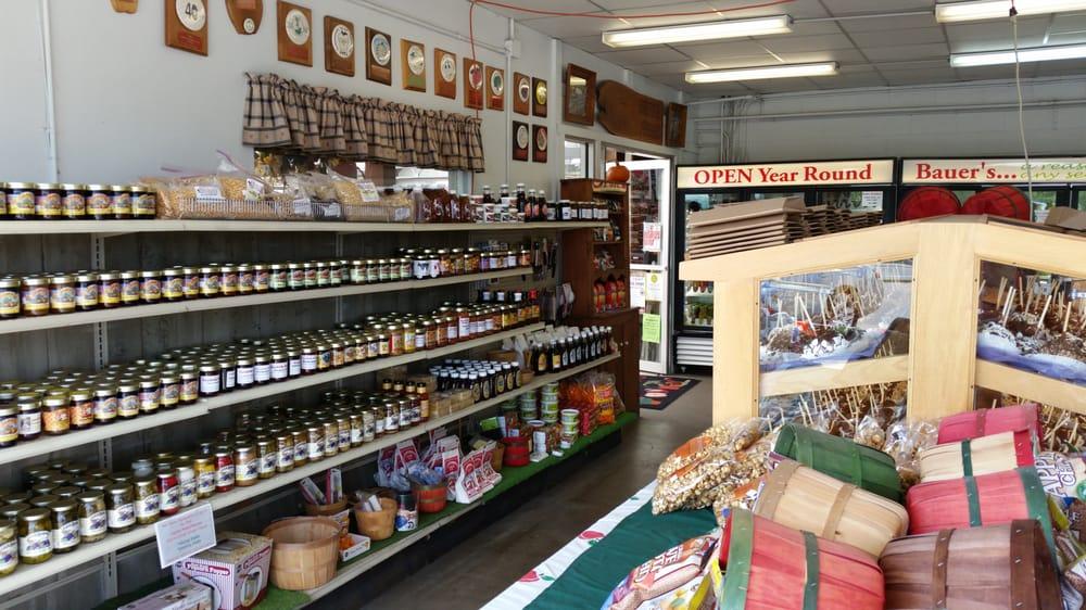 Bauer's Market Nursery & Landscaping: 221 N 2nd St, La Crescent, MN