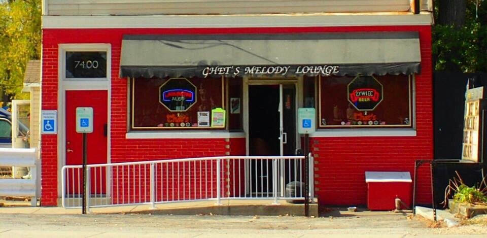 Chet's Melody Lounge: 7400 Archer Ave, Justice, IL