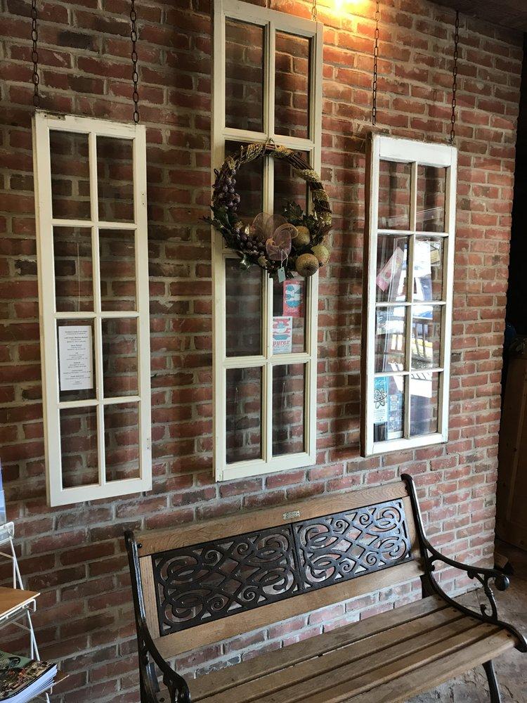 Seneca Cannery Antiques: 201 Saint John St, Havre De Grace, MD