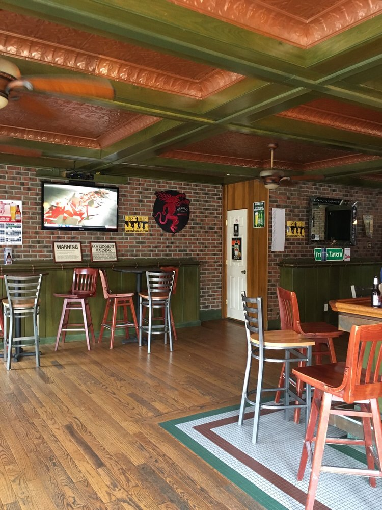 Friar's Tavern: 231 Post Ave, Westbury, NY