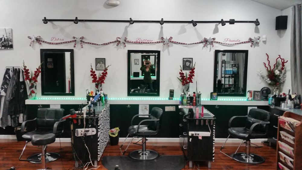 Celebrities salon hairdressers 6504 4th st n gateway for 4th street salon