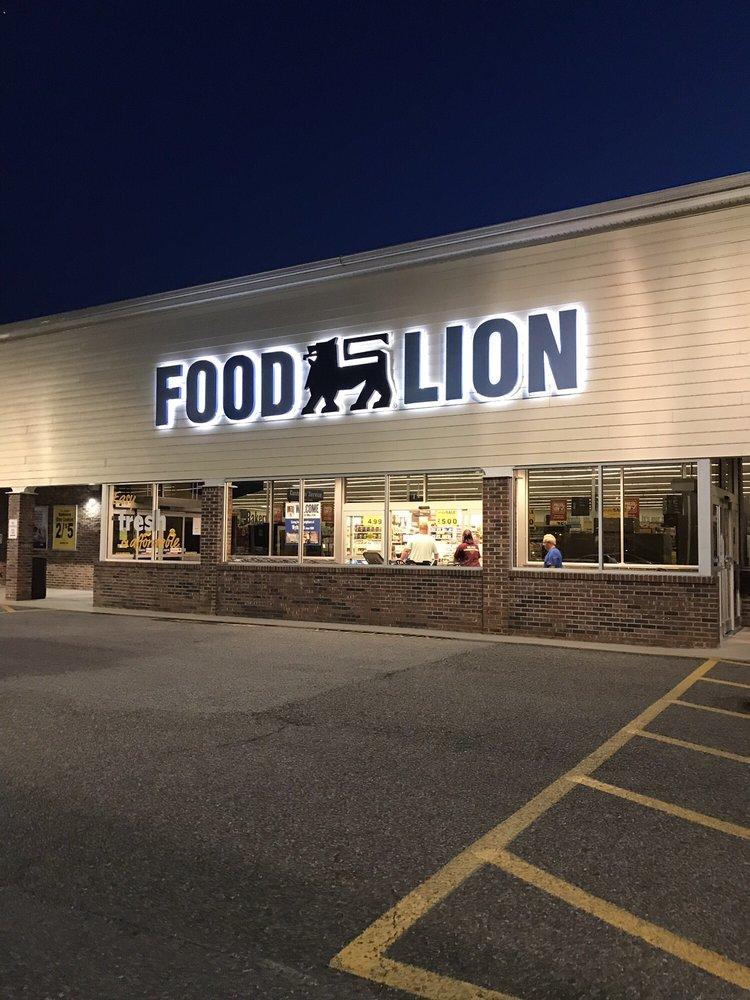 Food Lion: 1155 N 4th St, Wytheville, VA