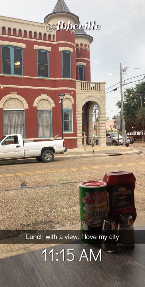Brew-Bacher's: 124 Concord St, Abbeville, LA