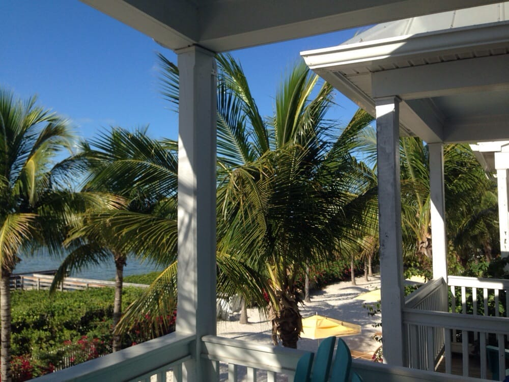 Restaurants Near Parrot Key Resort