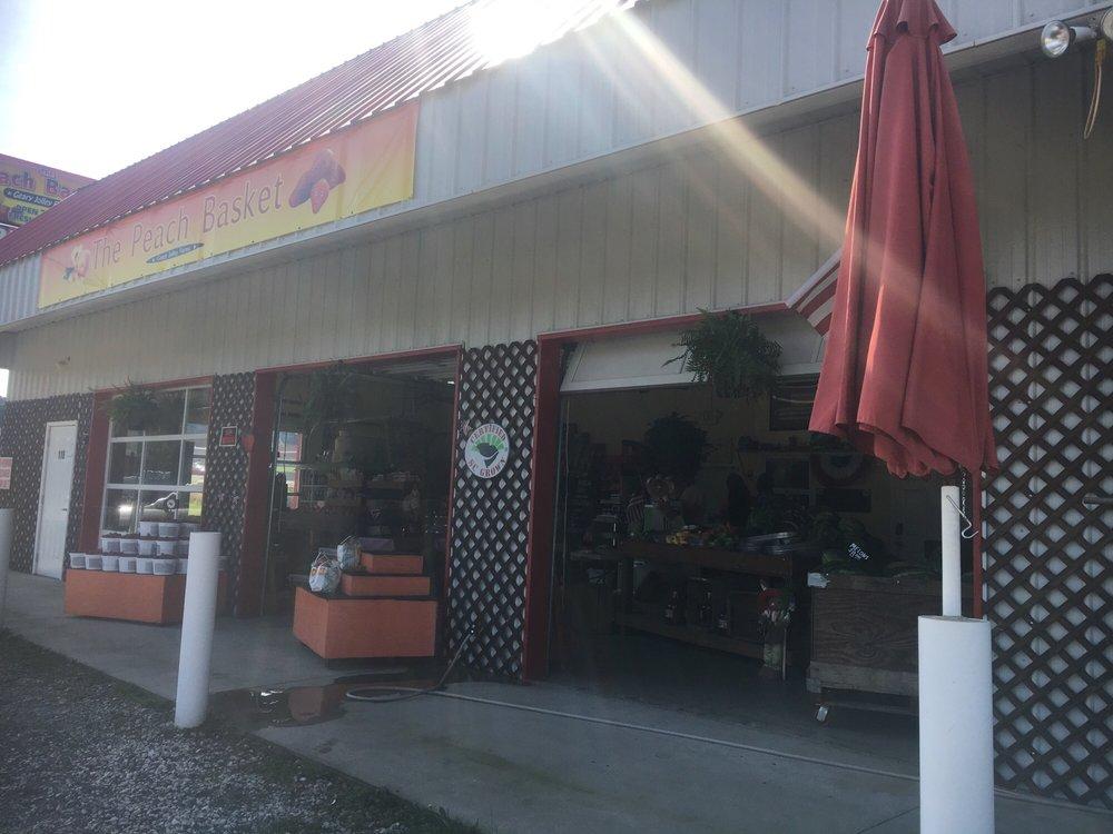 Geary Jolley Farms: 6410 S Carolina 11, Campobello, SC