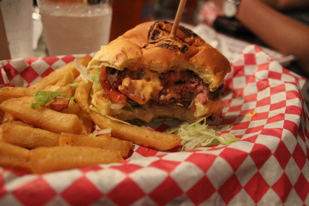 MEAT Eatery And Taproom: 88005 Overseas Hwy, Islamorada, FL