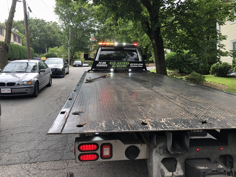 Towing business in Waltham, MA