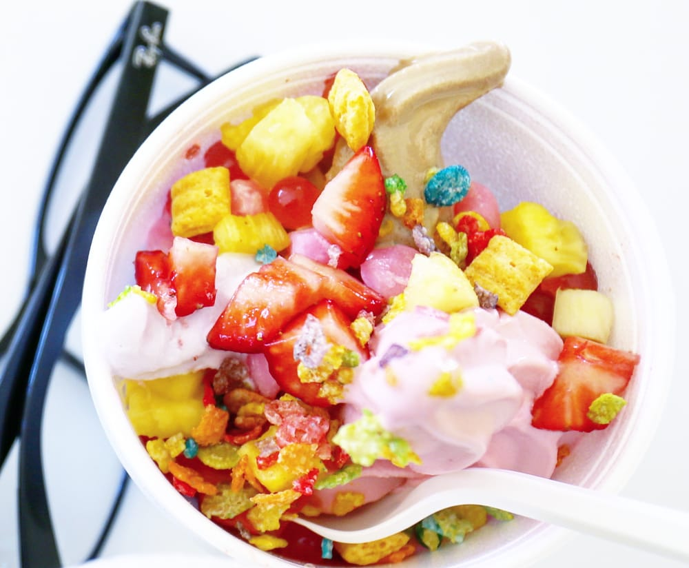 HeavenLy's Yogurt: 5535 H St, Sacramento, CA