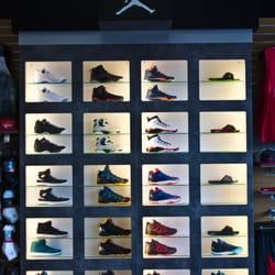 Ruvilla Shoe Store Reviews