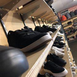 3d3fca066dcf5a Transport Skate Shop - 32 Photos   41 Reviews - Skate Shops - 4866 ...