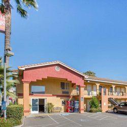 Photo Of Econo Lodge Inn Suites Lodi Ca United States