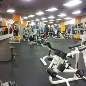Washington Sports Club - CLOSED - 10 Reviews - Gyms - 5345 ...