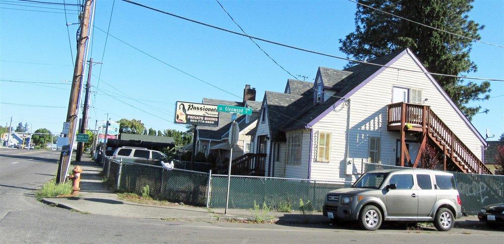 Passionate Dreams: 6644 SE 82nd Ave, Portland, OR