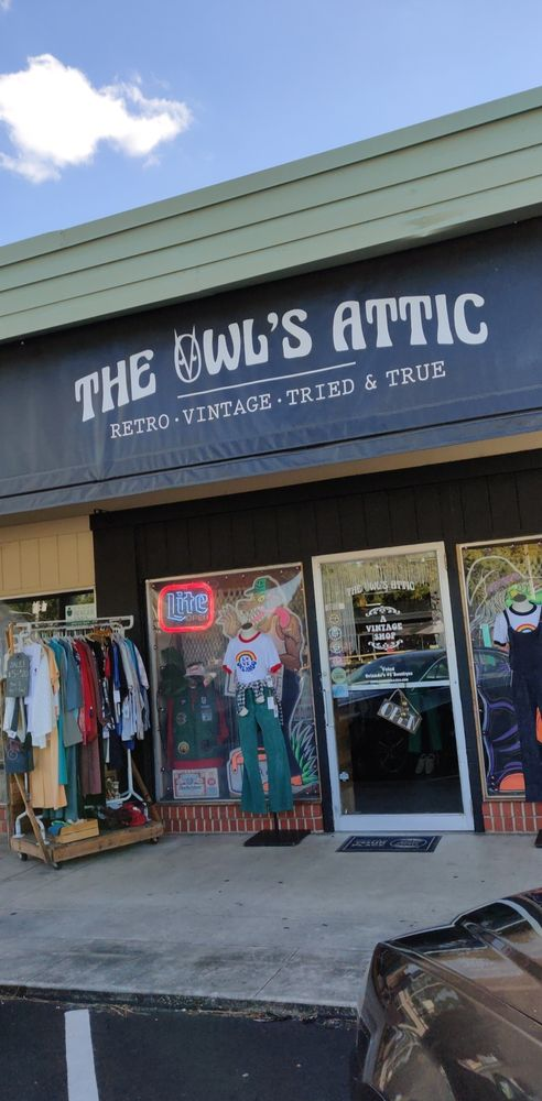 The Owl's Attic: 3106 Corrine Dr, Orlando, FL