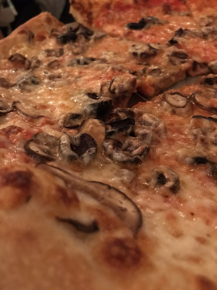 Food from Sidewall Pizza Company