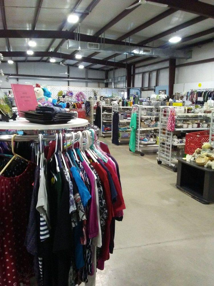 St Vincent De Paul Thrift Shop: 1844 Hwy 62 W, Berryville, AR