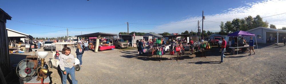Luke's Town & Country Flea Market: 2006 US Hwy 62 W, Greenville, KY
