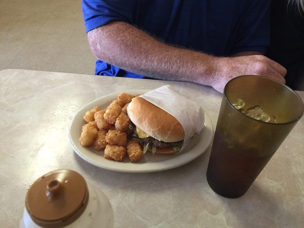 Highway 277 Cafe: 535 W Access Rd, Hawley, TX