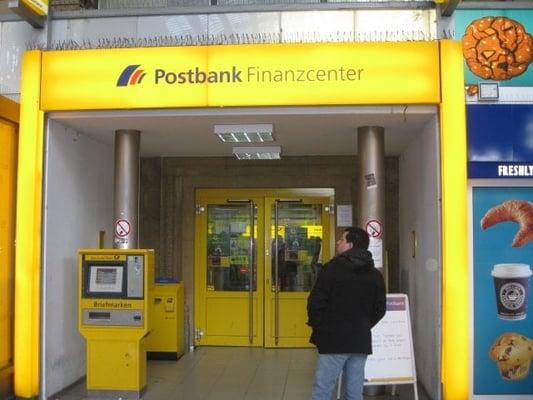 postbank bank sparkasse im hauptbahnhof gallus frankfurt am main hessen yelp. Black Bedroom Furniture Sets. Home Design Ideas