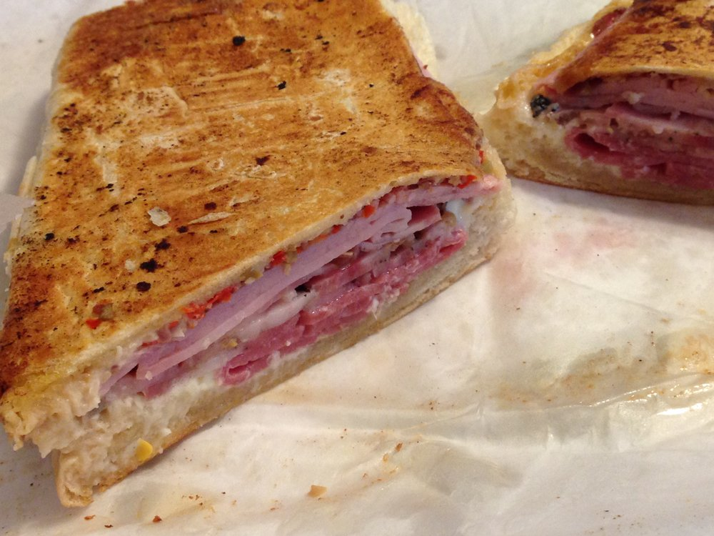 Rogue Sandwich: 2284 Commercial Way, Spring Hill, FL