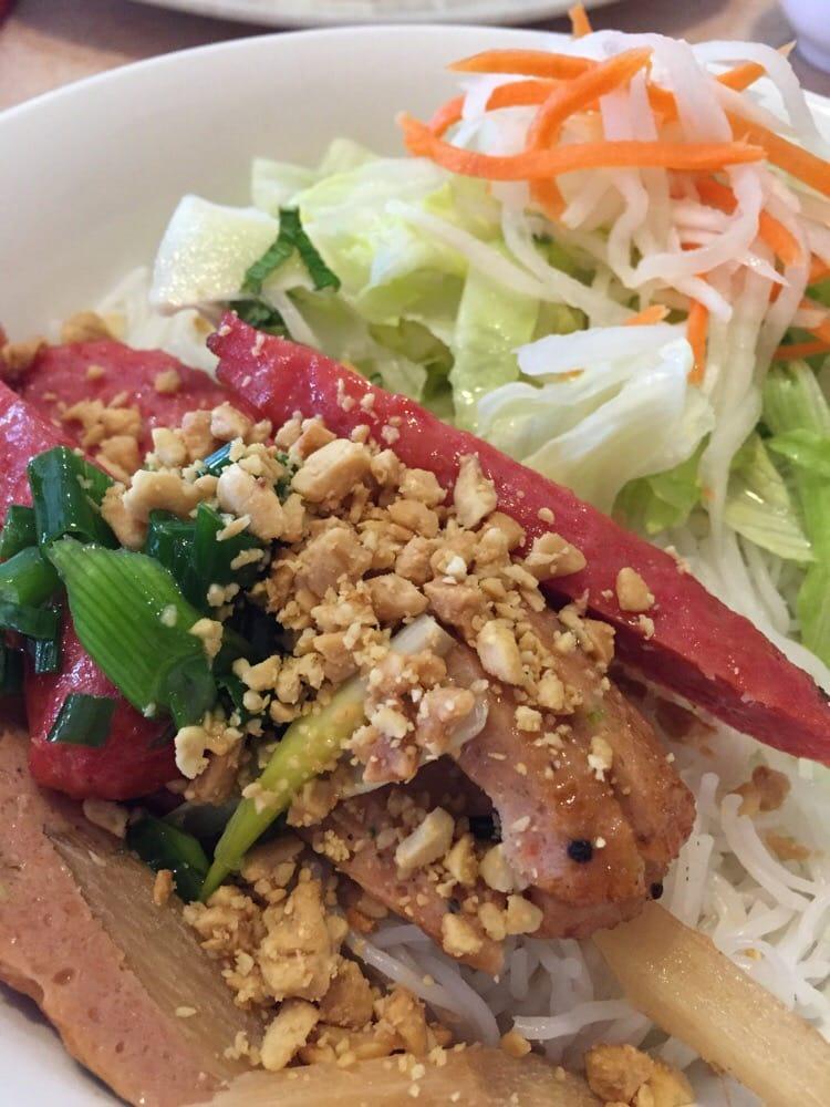 Saigon House Restaurant Brampton On