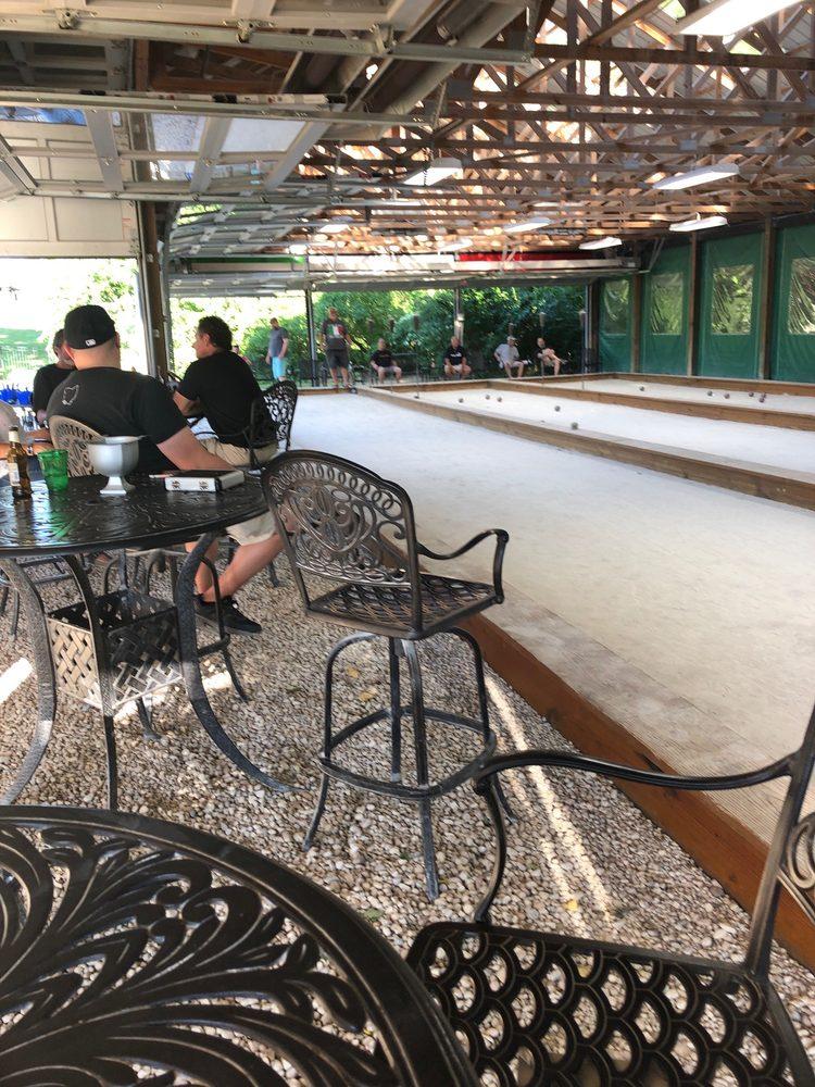 Aiello's Cigar Bar