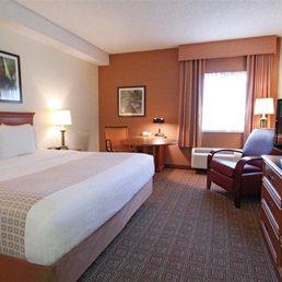 La Quinta Inn Amp Suites Orlando South 51 Photos Amp 15 Reviews Hotels 2051 Consulate Dr