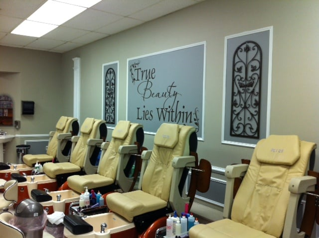 Images hair and nail salon 11 billeder 18 anmeldelser for 24 hour nail salon brooklyn ny