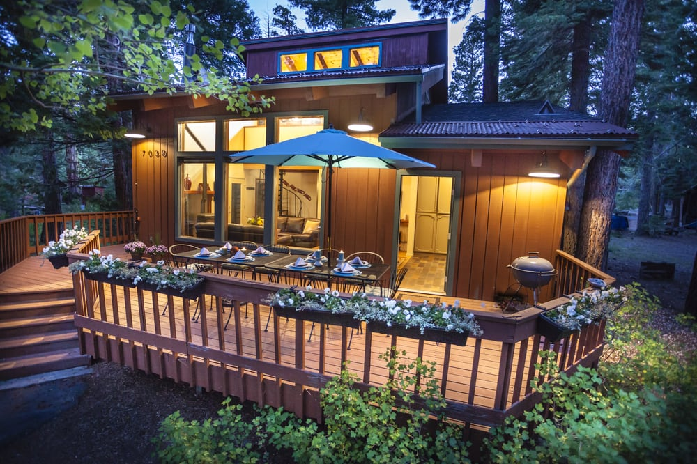Lake tahoe vacation cabin rental located on the west Rent a cabin in lake tahoe ca