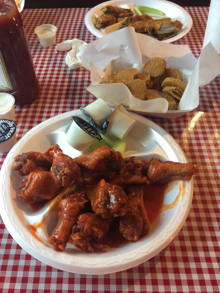 blazers Hot Wings: 715 Hwy 29 N, Danielsville, GA