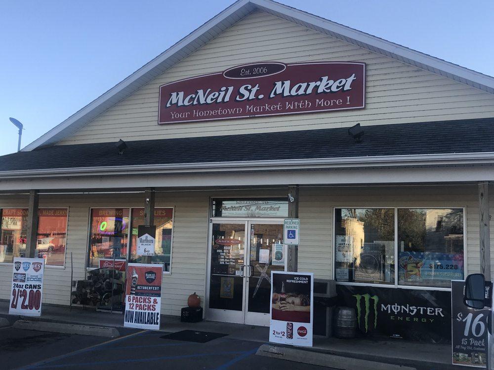 McNeil St Market: 444 E McNeil St, Corunna, MI