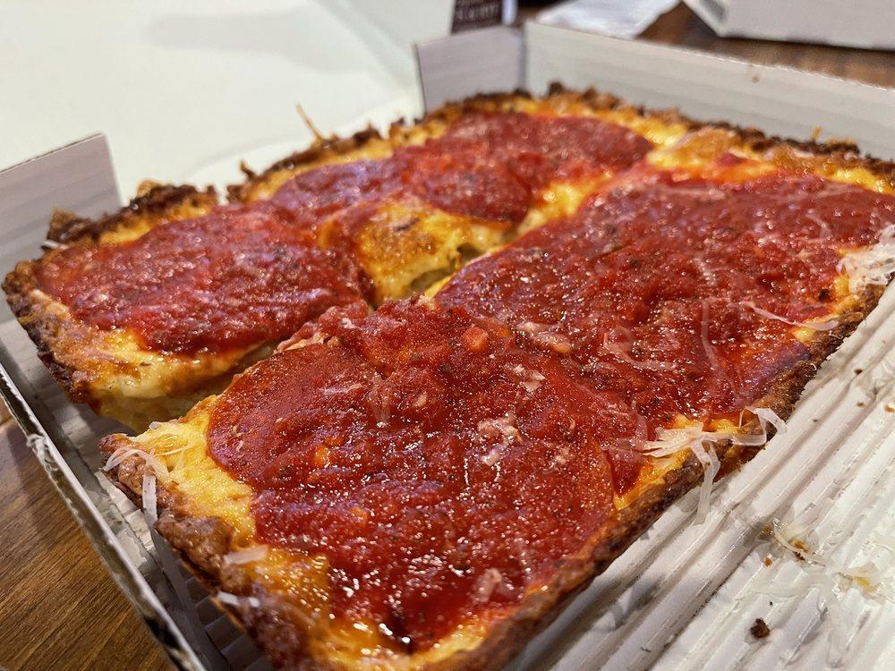 Charles And Reid Detroit Pizza: 113 E State St, Traverse City, MI