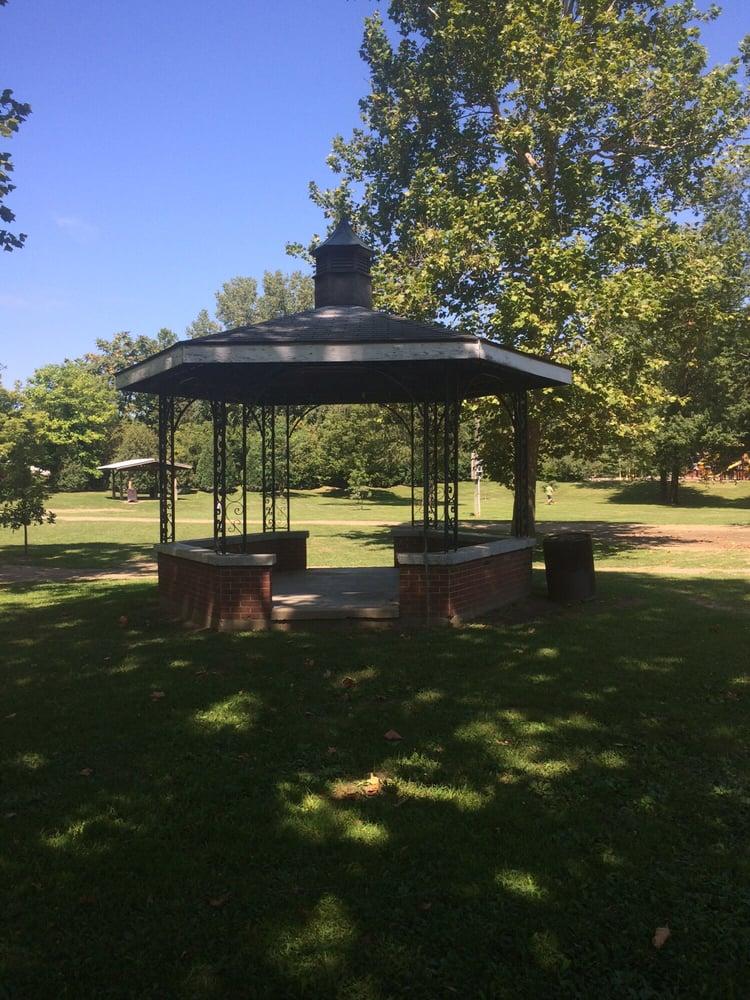 OW Farver Memorial Park: 236 Sugar St, Blissfield, MI