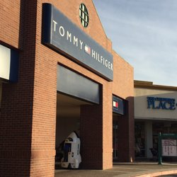 fbcfd25aa Tommy Hilfiger Outlet San Jose