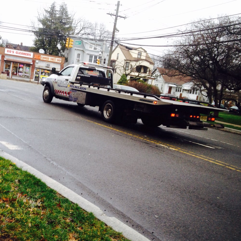 Towing business in Maplewood, NJ