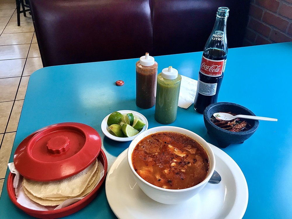 Tacos Y Mas: 780 S Hwy 395, Hermiston, OR