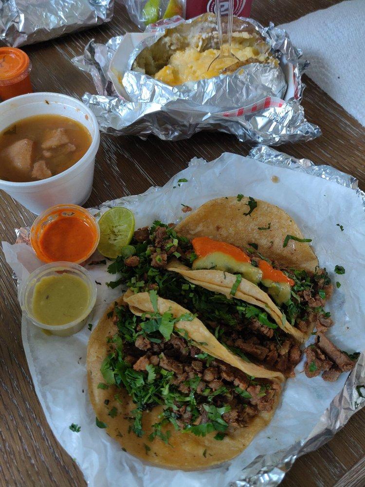 Taqueria Y Birrieria Los Compadres: 2730 S Alamo Rd, Edinburg, TX